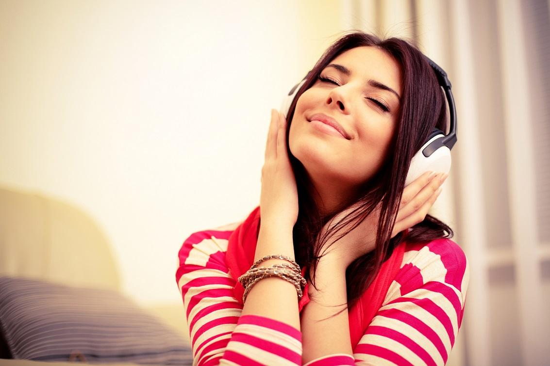 Listen to Conversational English to Understand More